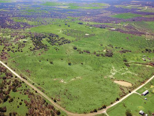Perfect Retreat For Family & Friend : Lipan : Erath County : Texas