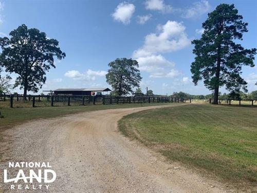 Haggard Ranch Near Davy Crockett Na : Wells : Cherokee County : Texas