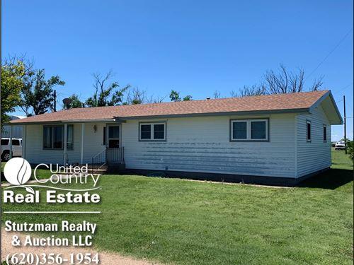 Home For Sale In Walsh, Colorado : Walsh : Baca County : Colorado