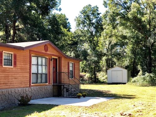Secluded 3/2 Country Home Nearly 5 : Archer : Levy County : Florida