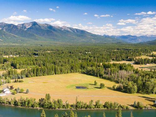 Majestic Swan Riverfront : Bigfork : Flathead County : Montana