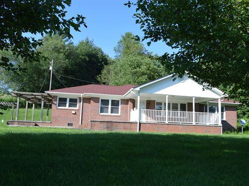 Nice Brick Ranch Located Blue Ridge : Laurel Springs : Alleghany County : North Carolina