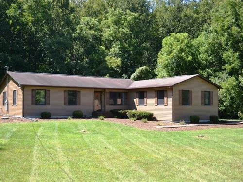 4 Bedroom 3 Bath Single Level Home : Wytheville : Wythe County : Virginia