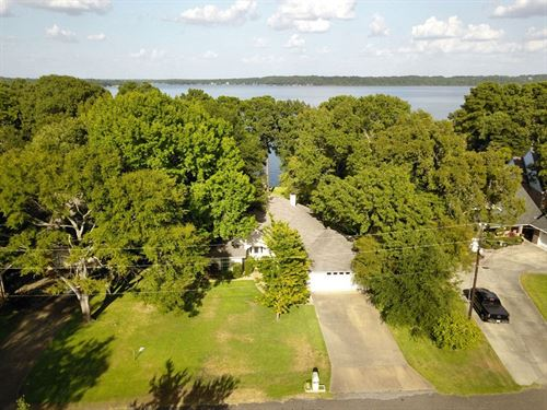 Beautiful Waterfront Home Lake : Frankston : Henderson County : Texas