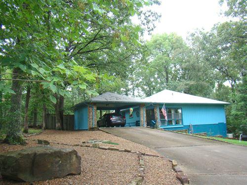Golf Course Home : Fairfield Bay : Van Buren County : Arkansas