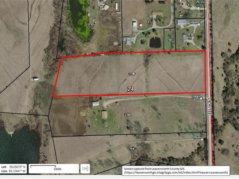 10 Acres, Great Building Site : McLouth : Leavenworth County : Kansas