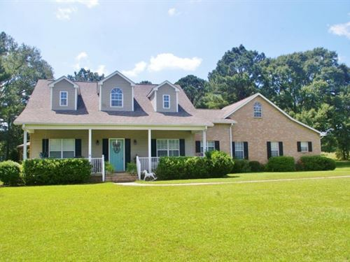 3 Bed / 2.5 Bath Home 9.91 Acres : Summit : Amite County : Mississippi