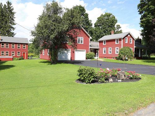 Large Farmhouse & Private Pond : La Fayette : Onondaga County : New York