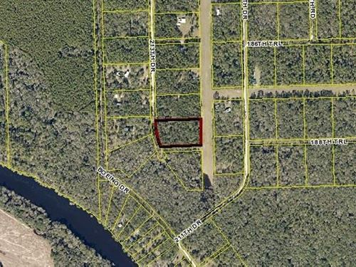 Air Park Gated Community, Fly Your : Live Oak : Suwannee County : Florida