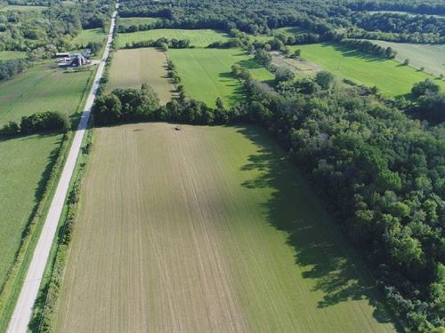 Wisconsin Organic Farm Dodge County : Mayville : Dodge County : Wisconsin