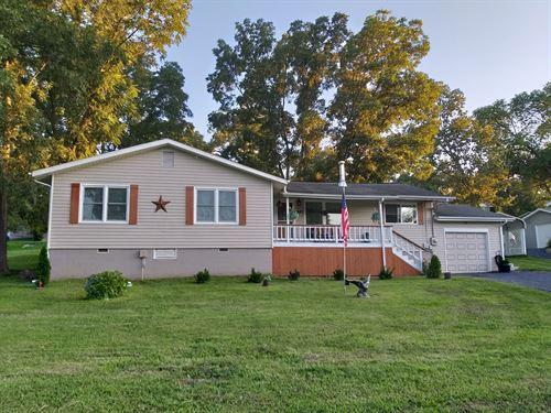 Lakeview Home at Lake of The Ozarks : Camdenton : Camden County : Missouri