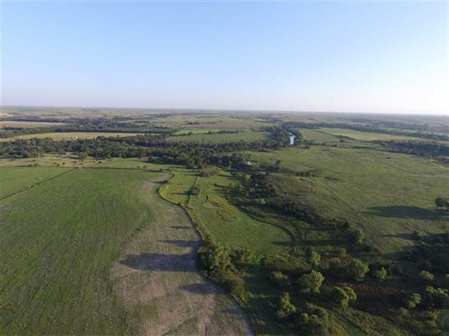 80 Acres of Great Hunting And : Bunker Hill : Russell County : Kansas
