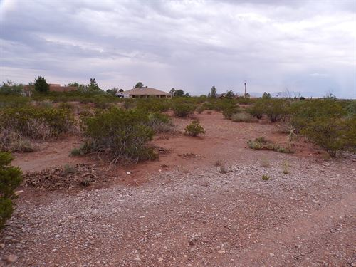 2.065 Acres : La Luz : Otero County : New Mexico