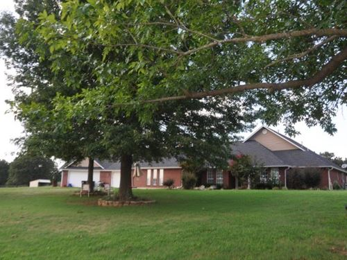 8245 Oklahoma Cattle Horse Farm : Spiro : Le Flore County : Oklahoma