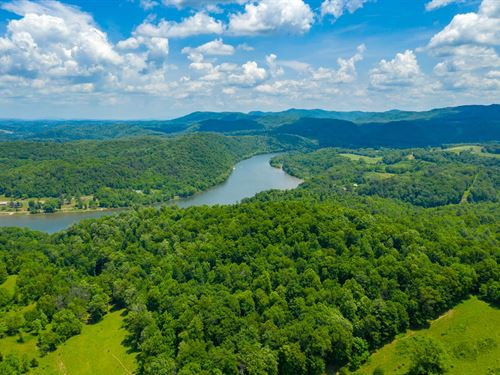 145 Acres Overlooking The New River : Draper : Pulaski County : Virginia