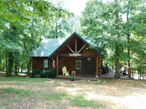 TN Log Cabin Water View, Decks : Clifton : Hardin County : Tennessee