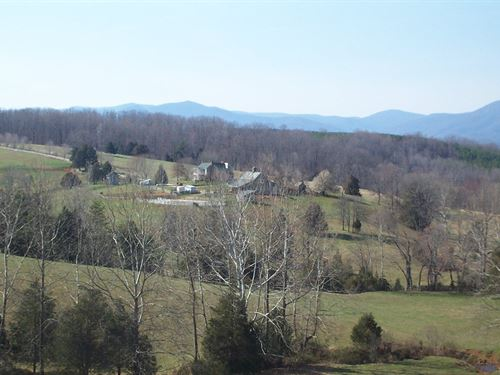 173+ Acre Farm River Frontage : Amherst : Virginia