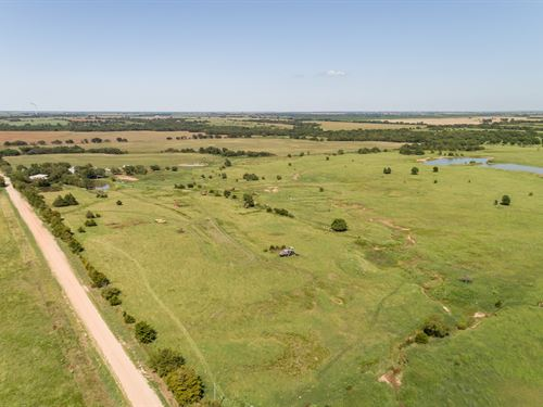 Noble County Country Home With Land : Red Rock : Noble County : Oklahoma