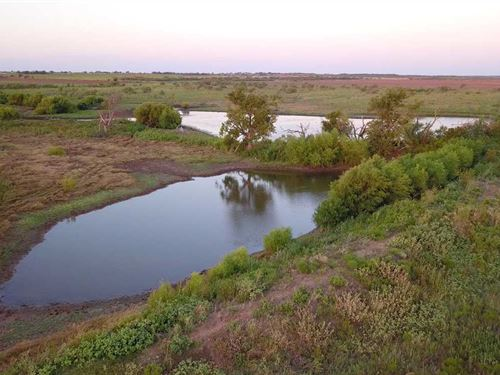 Excellent Hunting Property Approx : Megargel : Archer County : Texas