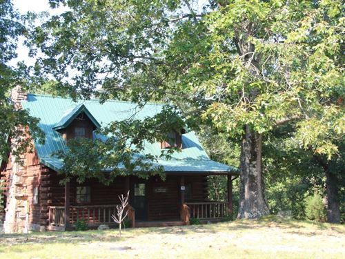 Log Cabin in Eureka Springs AR : Eureka Springs : Carroll County : Arkansas