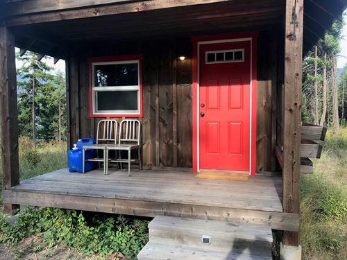 Montana Hunting Cabin : Thompson Falls : Sanders County : Montana