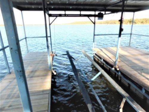 Beautiful Waterfront Home Views : Brownwood : Brown County : Texas