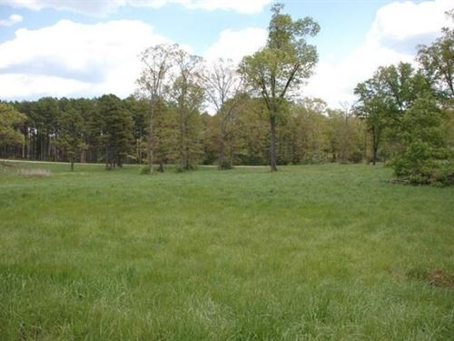 Corner Lot Highly Sought After : West Plains : Howell County : Missouri