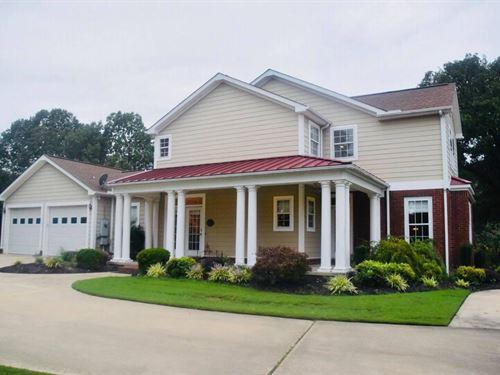 Elegant Home In Town : Pocahontas : Randolph County : Arkansas