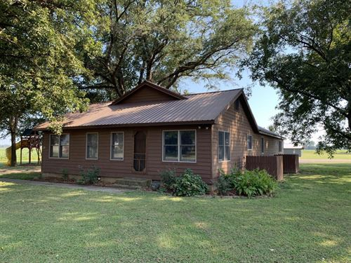 Black Swamp Lodge : Gregory : Woodruff County : Arkansas
