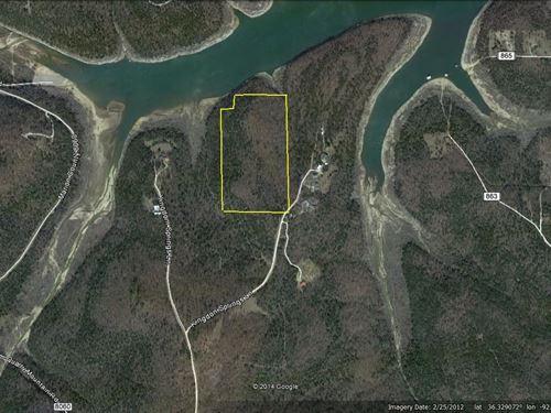 Bull Shoals Lake Corp Frontage : Flippin : Marion County : Arkansas