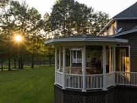Private Estate On A Beautiful Lake : Alexander City : Tallapoosa County : Alabama
