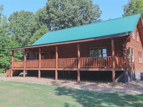 53 Acre Farm, Like New 1700 Sq : Big Sandy : Benton County : Tennessee