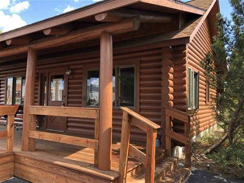 Big Bay Beautiful Log Home 1117780 : Big Bay : Houghton County : Michigan
