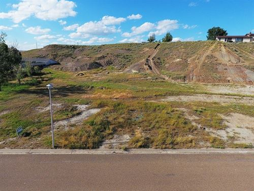 Large Buildable Vacant Lot : Glendive : Dawson County : Montana