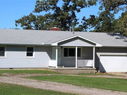 Country Living on Small Acreage : Coffeyville : Montgomery County : Kansas