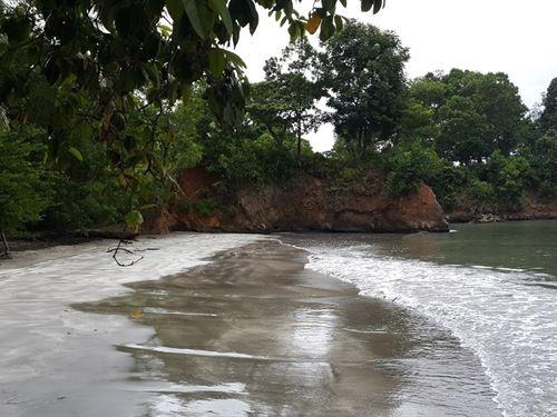 Caribbean Beachfront Bocas Del Toro : Punta Laurel : Panama