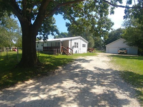 Quiet, Affordable, Awesome Shop : Collins : Saint Clair County : Missouri