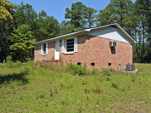 Country Home On 2.5 Acres : Wallace : Marlboro County : South Carolina
