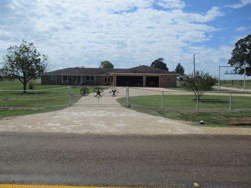 East Texas Horse Ranch/Home : Laneville : Rusk County : Texas