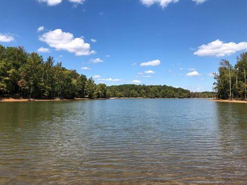 Lakefront Leisure On Kerr Lake, VA : Clarksville : Mecklenburg County : Virginia