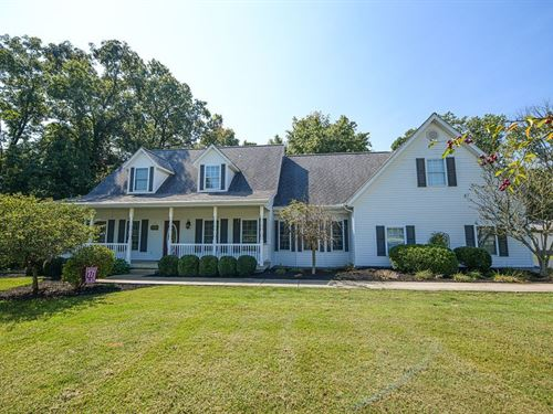 Green Hills Estate Country Home : Solsberry : Greene County : Indiana