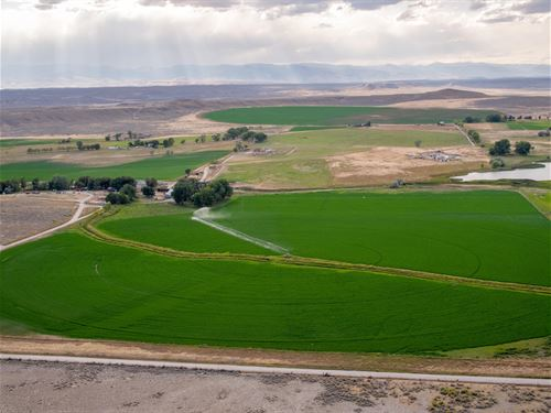 Kinnear Hay Farm, Fish & Hunt : Kinnear : Fremont County : Wyoming
