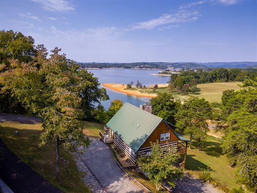 Cherokee Lakefront Log Home : Bean Station : Grainger County : Tennessee