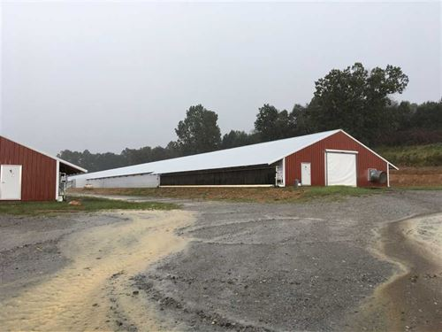 6 Omp Poultry Houses, Living House : Sidney : Izard County : Arkansas