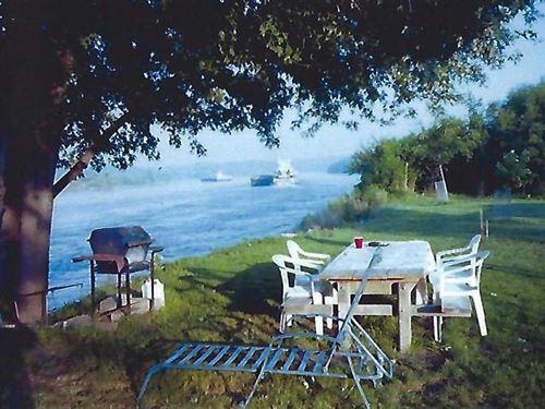 Missouri River Parcel in Holt : Oregon : Holt County : Missouri