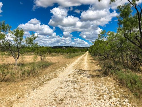 Sportsman's Paradise : Junction : Kimble County : Texas