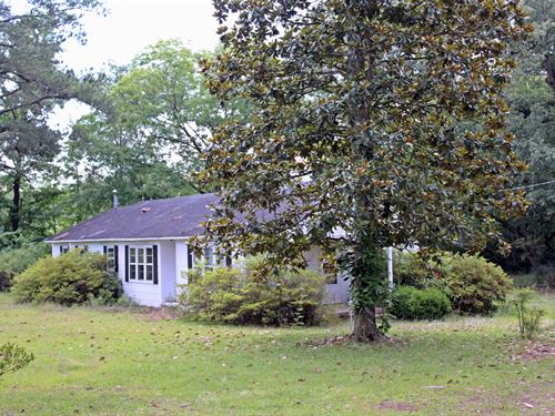 Fixer Upper Country Home : Wallace : Marlboro County : South Carolina