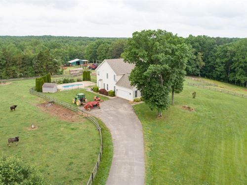 Luxury Farm Panoramic Pasture Views : Spotsylvania : Virginia