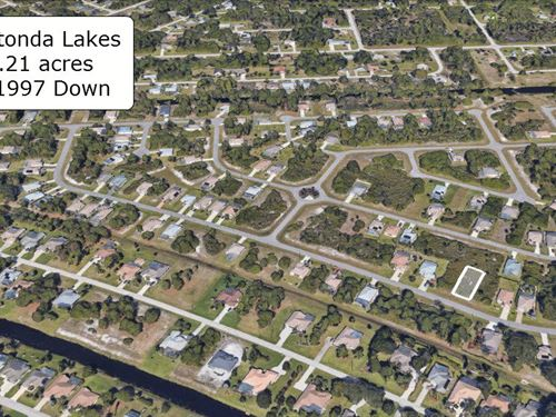 .21 Acre Residential Lot On Paved : Rotonda West : Charlotte County : Florida