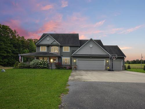 Beautiful Surroundings : Tustin : Osceola County : Michigan